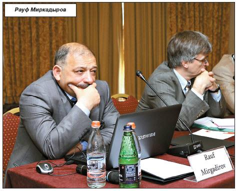 Пока Азербайджан не согласится полностью лечь под Россию, решения Карабаха не будет